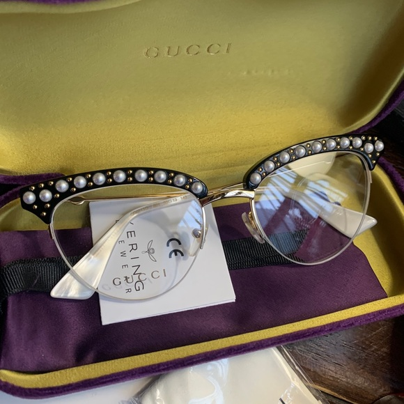 Authentic GUCCI 50 Cat pearls Acetate/Metal sglss